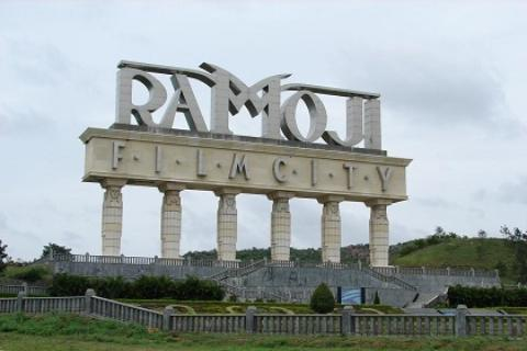 Ramoji-Film-City-Hyderabad-Cabs